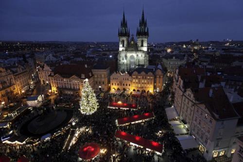 Thủ đô Praha của CH Séc xếp thứ 6 trong số 25 địa điểm du lịch tốt nhất thế giới năm 2016. Ảnh: Reuters