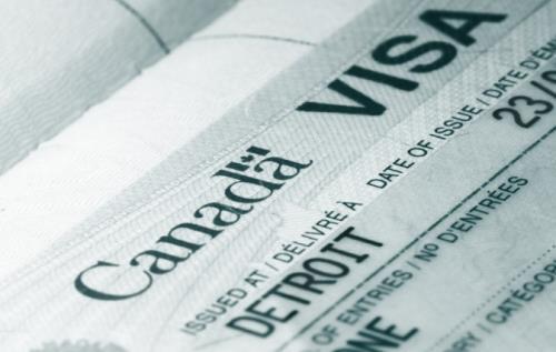 Canada gia hạn việc thực hiện Giấy phép du lịch điện tử - ảnh 1