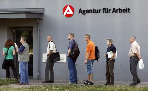 Thất nghiệp ở Đức duy trì ở mức thấp kỷ lục. Ảnh: Bloomberg