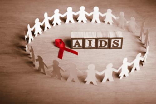Báo động tái gia tăng trẻ lây nhiễm HIV từ mẹ