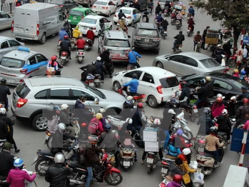 - 164028 giao thong ha noi1 - Không còn là tin đồn nữa rồi, Hà Nội sẽ cấm TẤT CẢ xe máy, miễn phí xe buýt