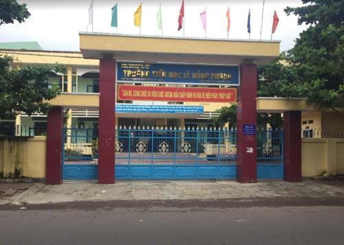 """181039 2 1  Bình Định :Lạm thu trong trường học """"Trên bảo dưới không nghe"""""""