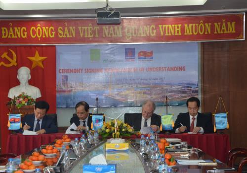 Hợp tác triển khai dự án phát triển điện gió 1.200 MW ngoài khơi Việt Nam