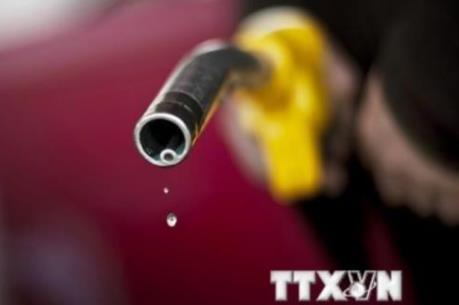 """Giá dầu thô New York lập """"đáy"""" mới của 6 năm rưỡi"""