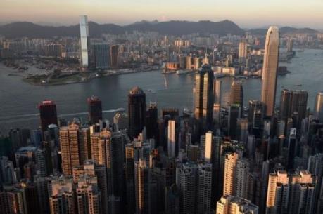 """""""Cỗ xe"""" kinh tế Hong Kong sẽ giảm tốc?"""