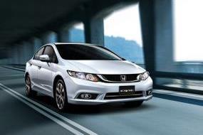 Tháng 7, số lượng xe ô tô tiêu thụ tăng 61%