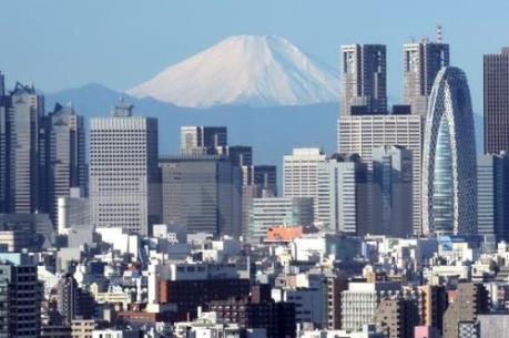 Tokyo cân nhắc việc buộc các doanh nghiệp tăng lương