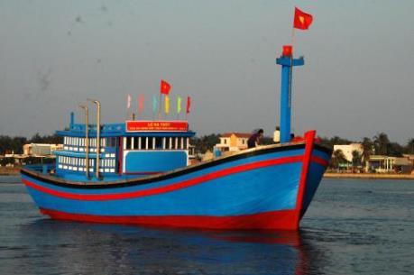 Ứng phó với bão số 1: Nam Định nghiêm cấm tàu thuyền ra khơi