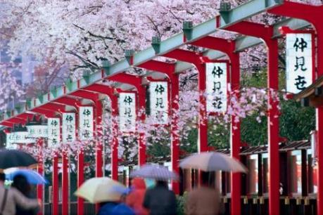 Lượng du khách nước ngoài tới Nhật Bản tăng kỷ lục