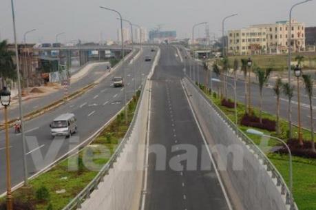 """Gỡ """"nút thắt"""" đền bù để phát triển hạ tầng giao thông"""
