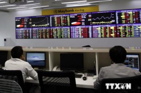 Cổ phiếu dầu khí và ngân hàng kéo VN-Index tăng 16 điểm