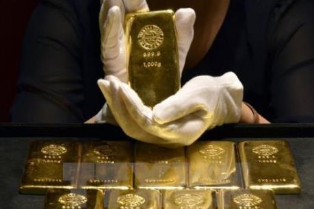 USD mạnh lên khiến vàng mất 2% giá trị