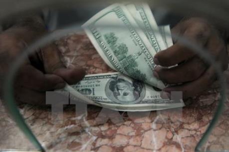 Đồng USD suy yếu trước cuộc họp của Fed
