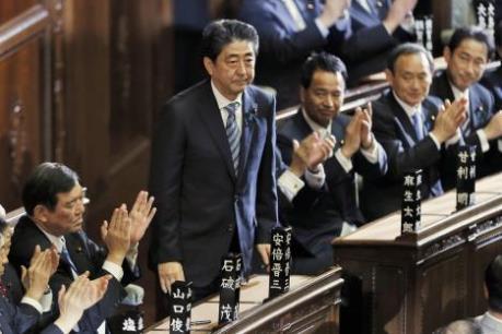 Thủ tướng Nhật Bản ưu tiên chính sách chấn hưng kinh tế
