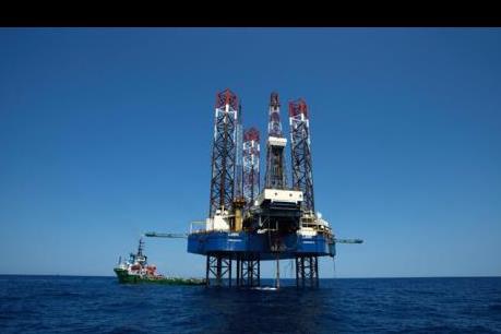 Giá dầu ổn định do thị trường chứng khoán phục hồi