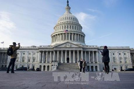 Mỹ hoãn trừng phạt các công ty Trung Quốc