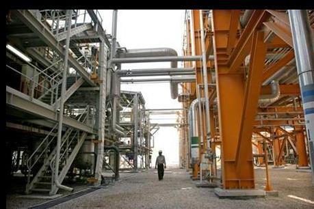 """""""Vàng đen"""" lên giá mạnh sau báo cáo về lượng dầu dự trữ tại Mỹ"""