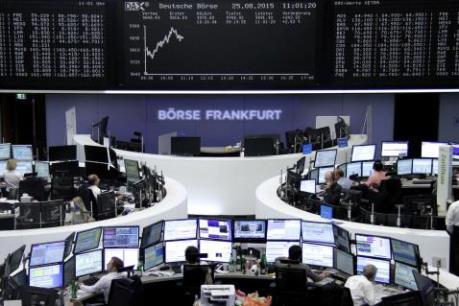 Cổ phiếu khai khoáng giúp chứng khoán châu Âu đi lên