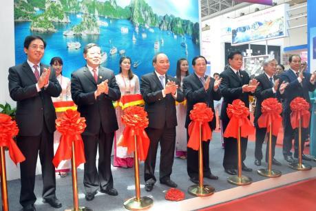 Việt Nam tham dự Hội chợ Thương mại Trung Quốc-ASEAN