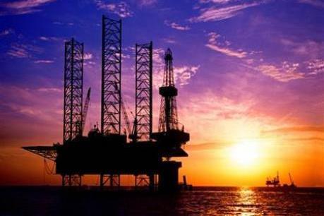 Barclays dự đoán giá dầu Brent ở mức 52 USD/thùng