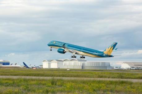 Vietnam Airlines và Airbus vận chuyển miễn phí thiết bị y tế