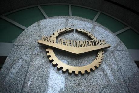 ADB dự báo kinh tế châu Á tăng trưởng 5,8% năm nay và 6% năm tới