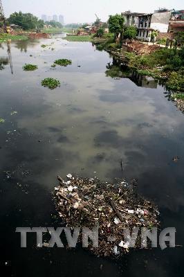 Hà Nội đầu tư gần 630 tỷ đồng nạo vét trục chính sông Nhuệ