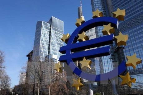 Eurozone: Chỉ số giá tiêu dùng lại giảm do giá dầu rẻ