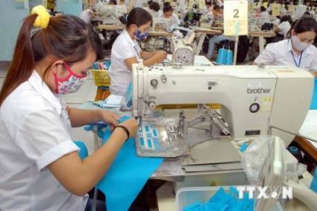 Ban hành nghị định hướng dẫn chính sách đối với lao động nữ
