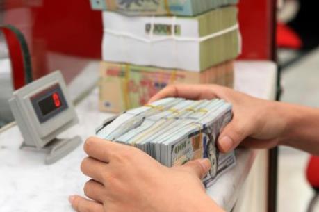 """Lãi suất USD giảm, doanh nghiệp kỳ vọng nguồn vốn """"rẻ"""""""
