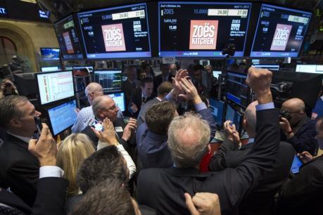 Cổ phiếu General Electric dẫn đầu đà tăng của chỉ số Dow Jones