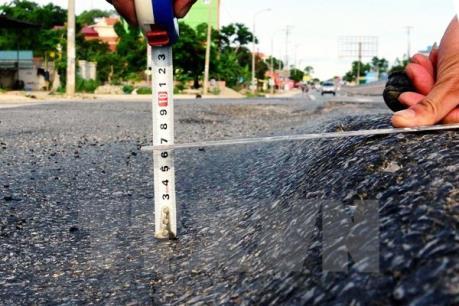 Quốc lộ 14 phải sửa vì mặt đường kém chất lượng