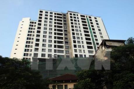 Hà Nội yêu cầu phá dỡ ngay 5 tầng vượt phép của tòa nhà 8B Lê Trực