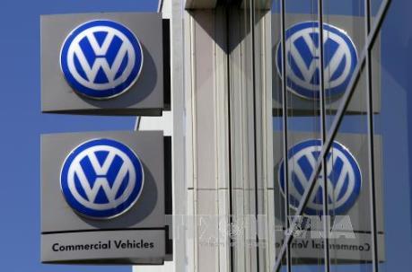 Volkswagen cắt giảm mạnh đầu tư vì vụ bê bối khí thải