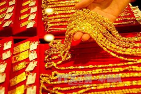 Chênh lệch giá vàng trong nước và thế giới được rút ngắn