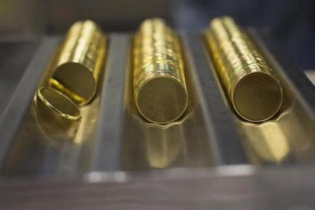 Giá vàng châu Á hướng đến tuần tăng giá mạnh nhất trong 4 tuần