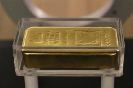 Vàng thế giới vẫn vững giá bất chấp giá dầu và chứng khoán giảm mạnh