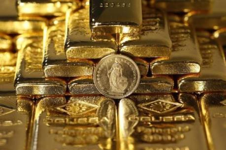 Giá vàng thế giới ở quanh mức thấp trong hai tháng