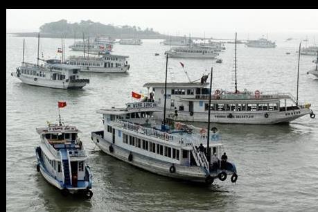 Dừng hoạt động tàu không lắp thiết bị phân ly dầu nước trên Vịnh Hạ Long