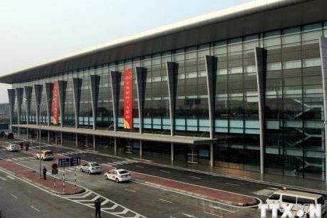 Quản lý chặt giá dịch vụ phi hàng không