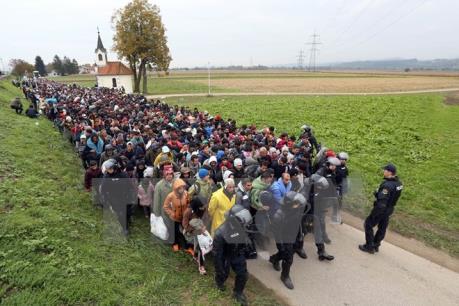 EU nới lỏng kỷ luật tài chính với các nước tiếp nhận dân di cư