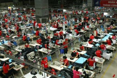 Công ty CP Dệt mùa Đông giải thích những bức xúc cho người lao động