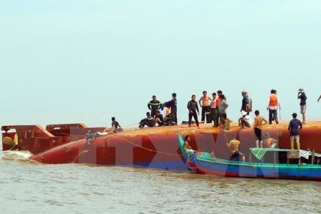 Vụ chìm tàu trên sông Soài Rạp: Tìm được thi thể 2 nạn nhân