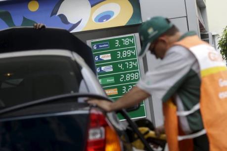Cung-cầu trên thị trường dầu năm 2016 sẽ cân bằng
