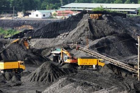 Trung Quốc dự định giảm công suất sản xuất than khoảng 800 triệu tấn vào năm 2020