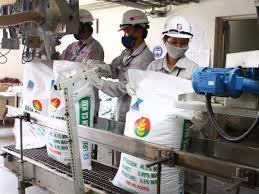Đẩy nhanh tiến độ cấp phép hoạt động cho các doanh nghiệp sản xuất phân bón