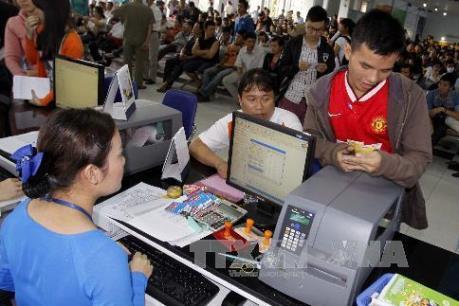 Ga Sài Gòn bắt đầu cắt chặng bán vé tàu Tết cự ly ngắn