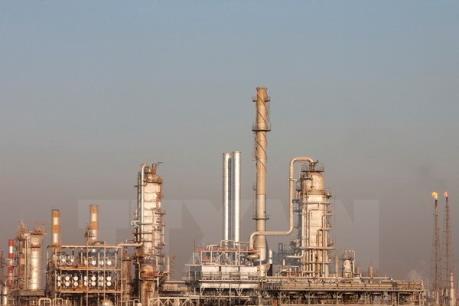 Nhân tố Nga và Trung Quốc đẩy giá dầu thế giới giảm