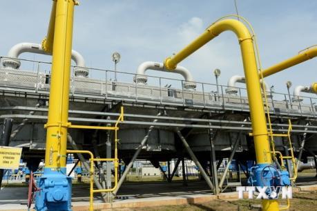 Giá dầu tăng giảm trái chiều ở châu Á