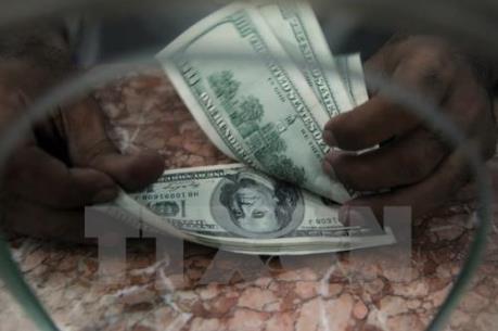 Các ngân hàng nâng giá đô la Mỹ